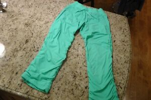 Ivivva/Lululemon Size 14 Live To Move Pant (Lined)  Minty Green Kitchener / Waterloo Kitchener Area image 1