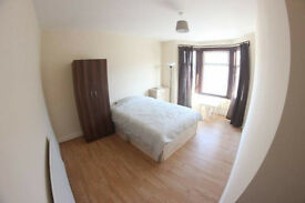 double room available walking distance from shadwell station
