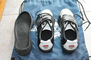 Asham Junior Curling Shoes and slip-on gripper