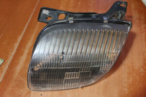 Lumiere Avant Gauche Headlight Sunfire 95-96-97-98-99-2000-01-02
