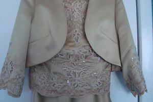 Mother Of The Bride Gown Kitchener / Waterloo Kitchener Area image 2