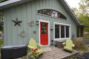 Pine Grove Cottage : Tranquility in Port Albert by Rent Huron