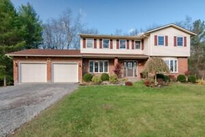 SEE IT AND FALL IN LOVE!  OPEN HOUSE SUNDAY 2pm - 4pm!