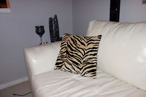 3 brand new cushions-decorative pillows