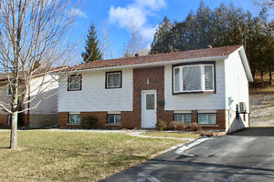 Open House Sunday March 19/17 2-4 PM, Mint Condition
