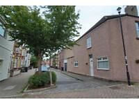 3 bedroom house in Barton Road, Temple Quay, BS2 0LF