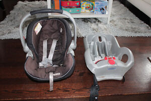 Graco Snugride 35 car seat and base