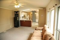 ***2 BED & 2 BATH MOBILE HOME IN QUIET AREA***