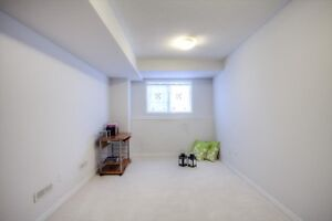 1 bedroom apartment for rent in Danforth RD scarborough