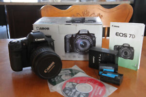 Canon 7D $699 with Lens and Low Shutter count!