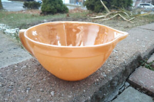 Vintage Fire King Batter Mixing Bowl Peach Luster 9.5""