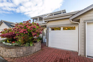 Fabulous 3 level Home with Private Roof Top Deck