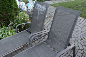 2 BEAUTIFUL SUMMER LONG CHAIRS. GOOD CONDITONS!! Gatineau Ottawa / Gatineau Area image 3