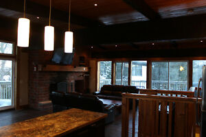 STUNNING BLUE MOUNTAIN CHALET FOR RENT!!