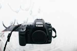 Canon Mark 5D II (Body Only) - Excellent Condition