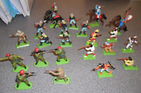 1971 Britains metal/rubber soldiers– Custer 7th Calvary,Indians,