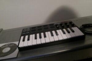 MPK Mini Midi Keyboard