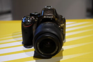 NIKON D5200 / 2 8GB MEMORY CARD/ AND WIRELESS ADPATER