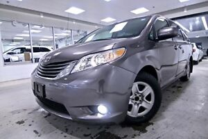 2014 Toyota Sienna XLE AWD 7-Passenger  - one owner - local - no