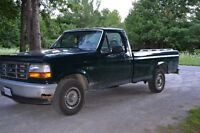 1995 Ford F-150 chrome Pickup Truck (certified)