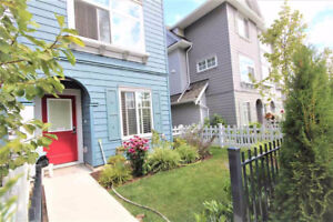 $2,000/3 Br - 1,412 ft2 1 year old townhouse for rent (Surrey)