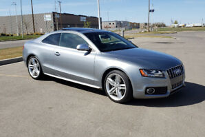 2009 Audi S5 Coupe - All Wheel Drive Quattro - 6 Speed Manual