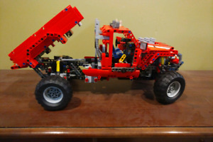 Lego Technic 4x4 pick-up truck