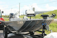 2013 Lowe Bass Fishing Boat like new