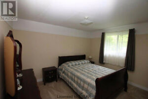 ROOMS FOR RENT London Ontario image 6