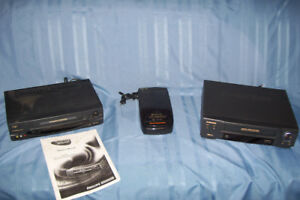 PHILLIPS  MAGNAVOX VCR PLUS 4 HEAD HI-FI WORKS GREAT