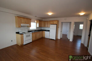 Newly Renovated Beautiful UPSTAIRS Apartment
