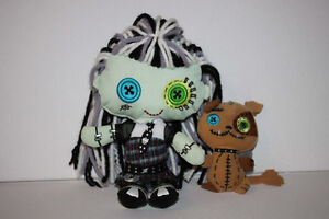 Frankie Stein and Watzit Monster High plush