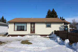 2 bedroom home in Russell, Manitoba