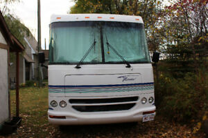 30 ft Ford Class A motorhome