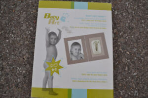 NEW SEALED IN BOX  Baby Art Print Capture Their Feet Hand Prints