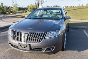 2010 Lincoln MKZ - Fully-loaded - AWD