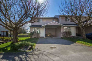 Gibsons & Area Townhouse for sale:  2 bedroom 1,284 sq.ft.