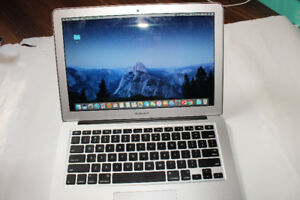 """13.3-inch MacBook Air 1.3GHz Core i5""""  FOR SALE! - 4 Yrs Old"""