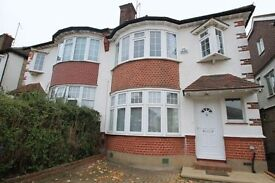 4 bedroom house in West Avenue, Finchley, N31