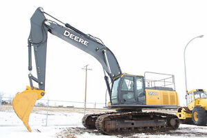 FOR RENT: 2006 John Deere 350D LC Excavator