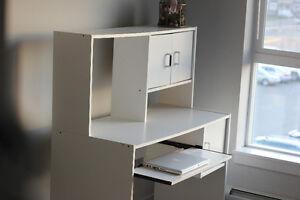 White Wooden Desk Table