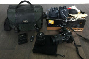 Nikon D5100 Digital SLR Camera KIT, loaded with accessories