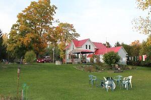 OPEN HOUSE Sat 2 - 4  Country living minutes from Tillsonburg