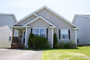 East End bungalow Near school For sale/For Lease