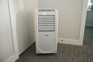 9,000 BTU Portable Brada KY-25/b Air Conditioner, 2007 Model