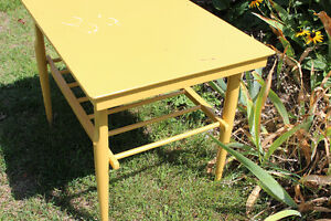 Small Yellow Table Kitchener / Waterloo Kitchener Area image 5