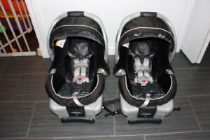 GRACO Classic Connect 30 Car Seat (1)