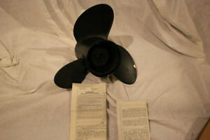 Johnson Evinrude OMC NOS # 390821 Stainless Steel Propellers