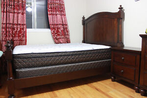 Bed (queen) set in excellent condition and quality product
