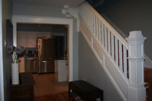 4BR FAMILY HOME CONVENIENTLY LOCATED ON OXFORD ST